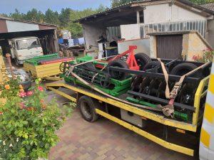 Mezőgazdasági eszköz szállítás